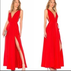NWT Lovers and Friends Leah Gown